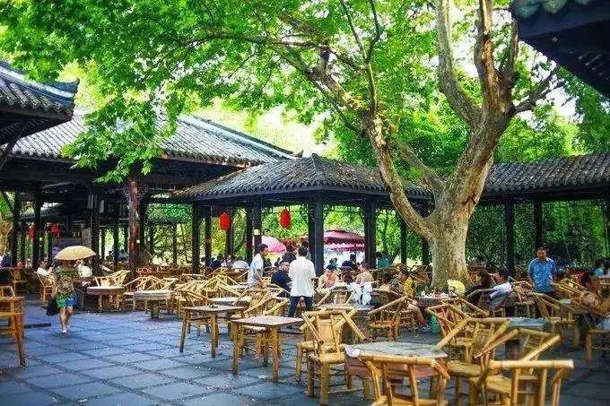 武大樱花,上海迪士尼,野生动物园,西安回民街,最快只要 2 小时,现在