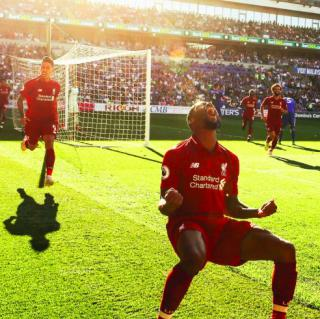 曼城被利物浦越甩越远 曼联明显呈复苏态势