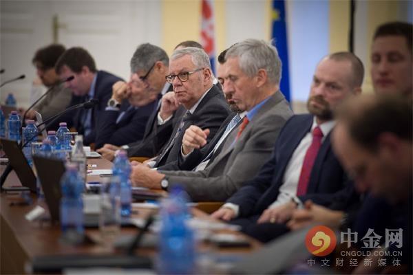 英国是欧盟成员国_除英国以外的    个欧盟成员国领导人将于欧洲日在锡比乌会晤.