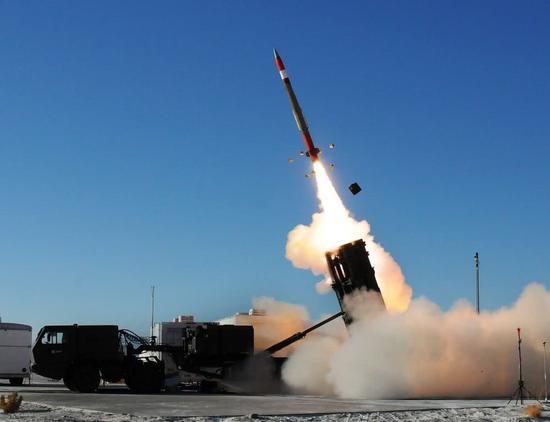 《美爱国者导弹重返波斯湾 能否防住伊朗弹道导弹攻击》