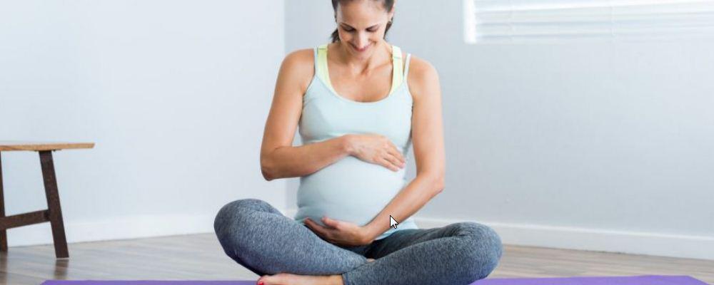 孕妇梦到自己被水冲了水很进去