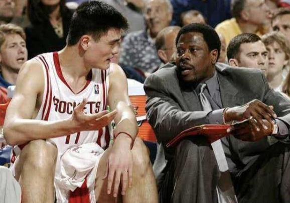 NBA传奇中锋尤因确诊新冠肺炎