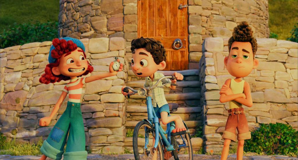 《夏日友晴天》影评:盼了一个夏天,这部压轴的顶级好片终于上映了!