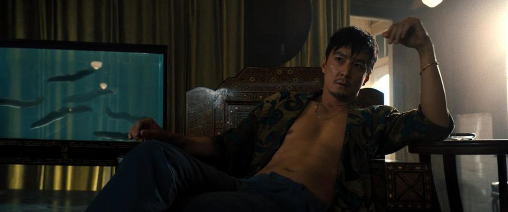 《追忆迷局》影评:可惜了狼叔和吴彦祖,「年度期待」的大片玩砸了……