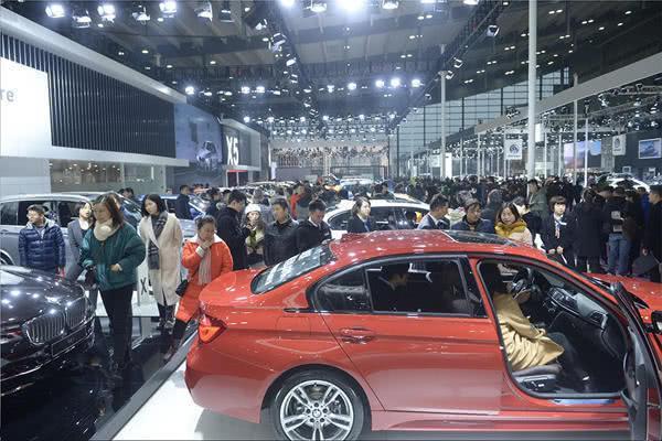 长沙国际车展送出100万现金 首届汽车消费节同期举行