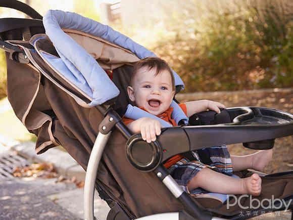 婴儿推车那些五花八门的功能,哪几个才是核心?
