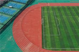 中南大学新运动场投入使用,周边市民又多了一个健身场所