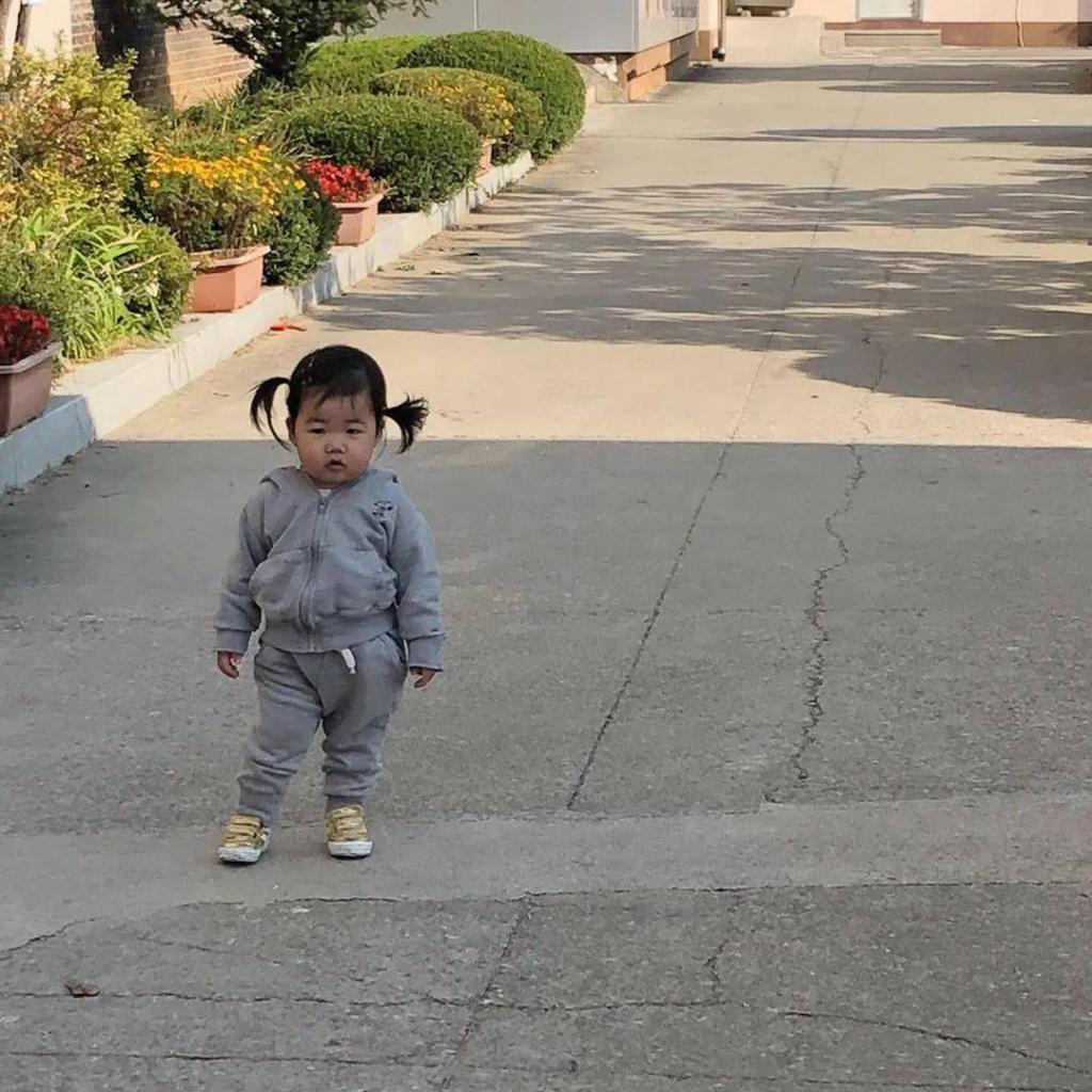 3 岁小姑娘活成 38 岁大叔,我竟然在她身上看见我爸的影子…
