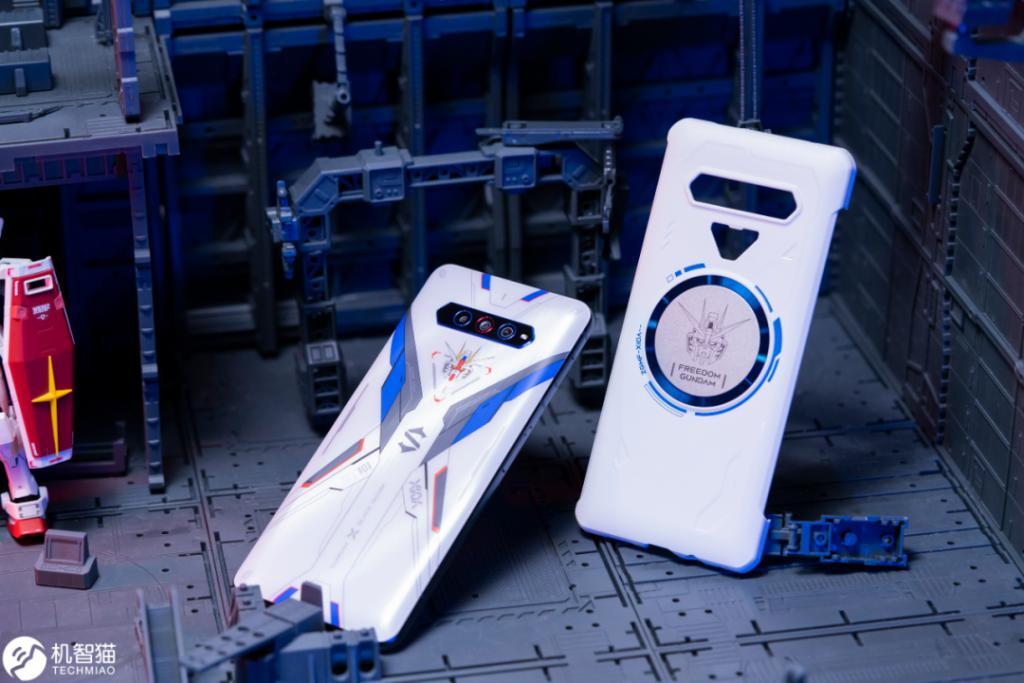 """黑鲨游戏手机4S测评:可能是目前最""""残暴""""的骁龙870手机 评测 第5张"""