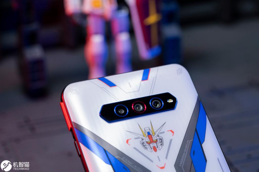 """黑鲨游戏手机4S测评:可能是目前最""""残暴""""的骁龙870手机 评测 第15张"""
